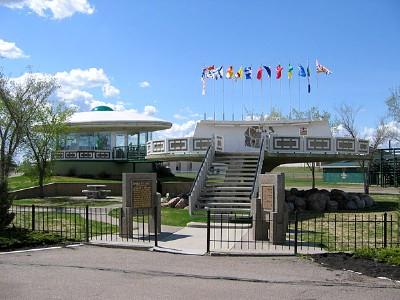 alberta-spaceship-landing-pad