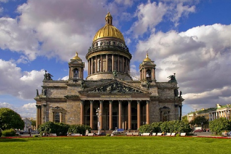 st-isaacs-cathedral-in-st-petersburg