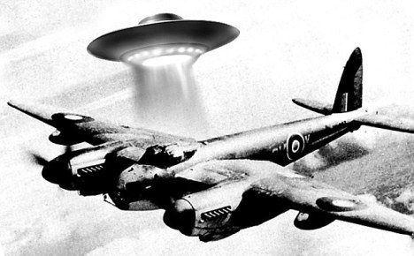 UFO and planes - WWII