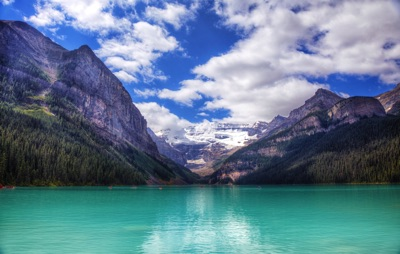 o-BANFF-LAKE-LOUISE-facebook